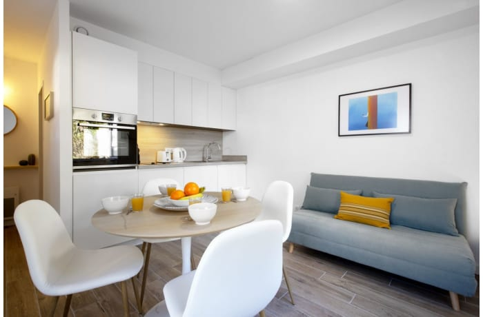 Apartment in Seafront Terrace, La Negresse - 2