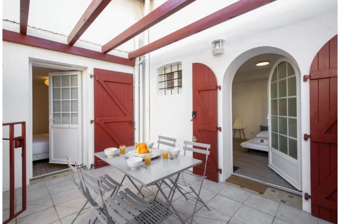 Apartment in Seafront Terrace, La Negresse - 4