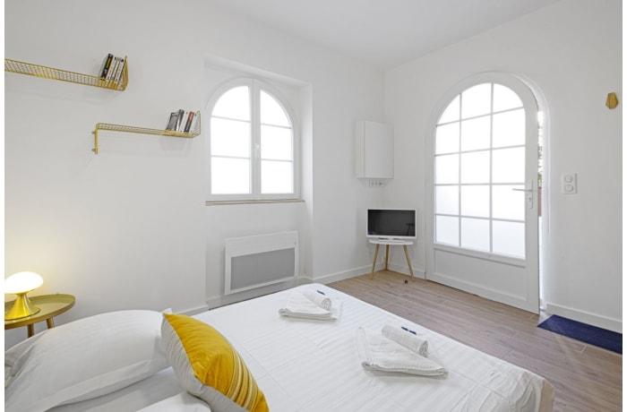 Apartment in Seafront Terrace, La Negresse - 8
