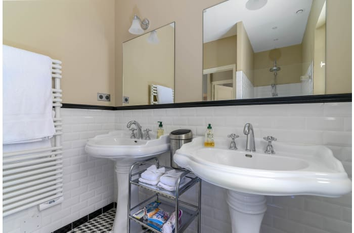 Apartment in Villa le Hameau, Le Val - 44