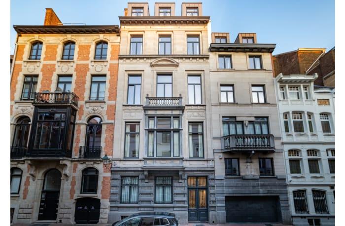 Apartment in Saint Bernard VIII, Barriere de Saint Gilles - 0
