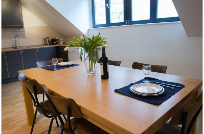 Apartment in Saint-Gilles Triplex, Barriere de Saint Gilles - 14