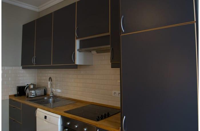 Apartment in Saint-Gilles Triplex, Barriere de Saint Gilles - 36