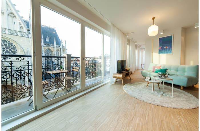 Apartment in Regence III, Sablon - 1