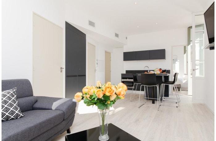 Apartment in Louis Blanc Modern, Le Suquet - 0