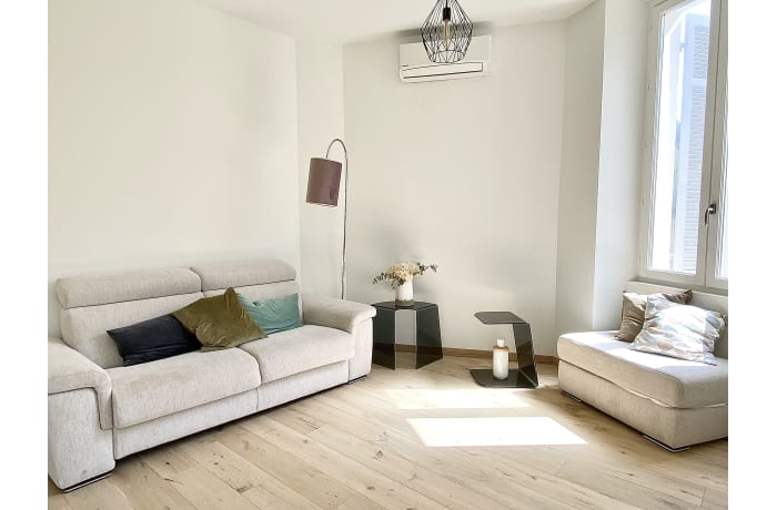 Apartment in Saint Nicolas III, Prado Republique - 1