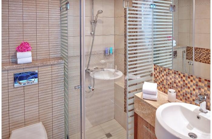 Apartment in Burj Kahlifa View, Downtown Dubai - 15