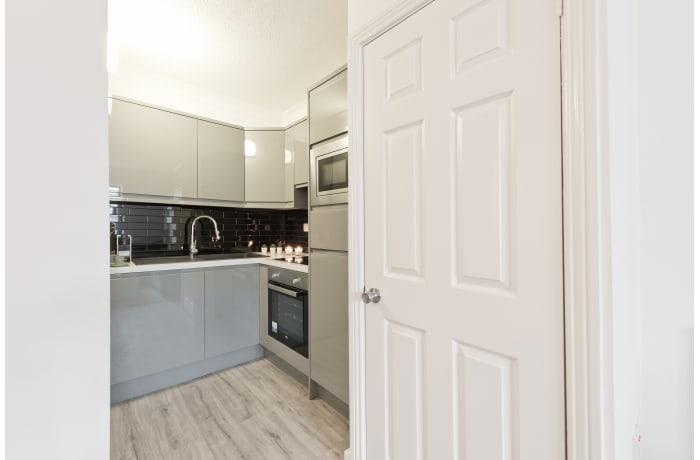 Apartment in Claredon Hall, Dame Street/Grafton Area - 8