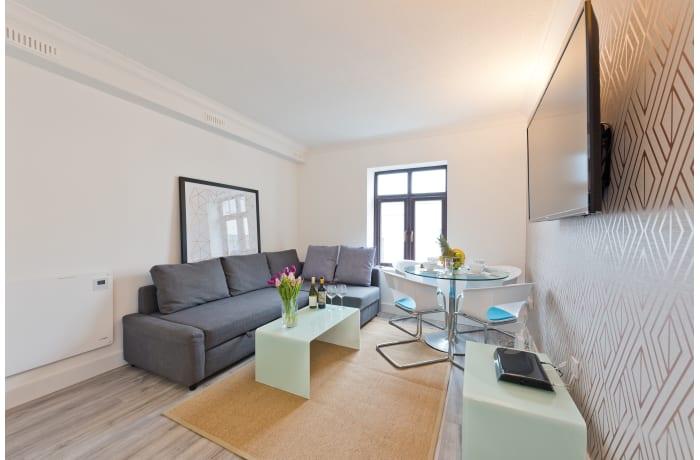 Apartment in Claredon Hall, Dame Street/Grafton Area - 1