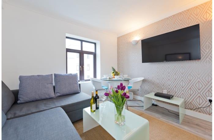 Apartment in Claredon Hall, Dame Street/Grafton Area - 4