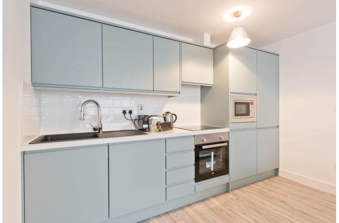 Apartment in Trinity Gate, City Centre - 10