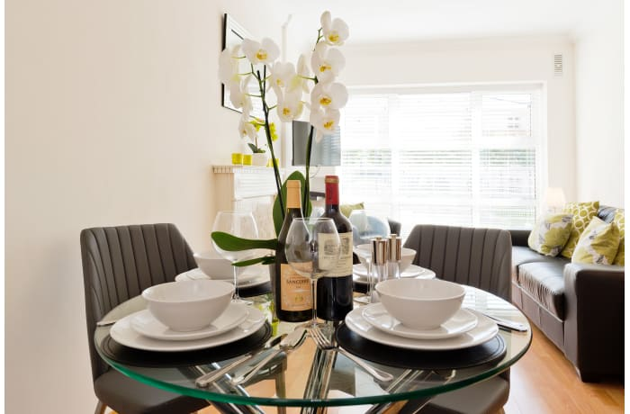 Apartment in Contemporary Charlotte Quay II, Grand Canal Dock - 5