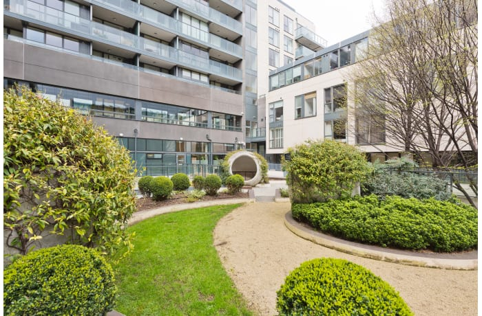 Apartment in Lovely Riverside II, Grand Canal Dock - 22