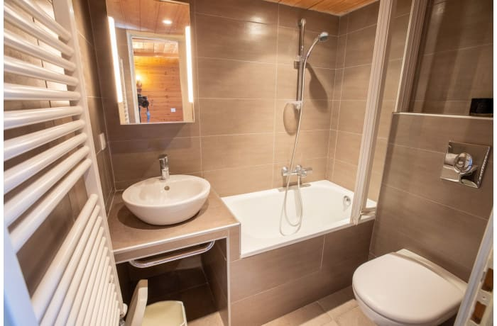 Apartment in Chalet Les Lupins, Les Allues - 16