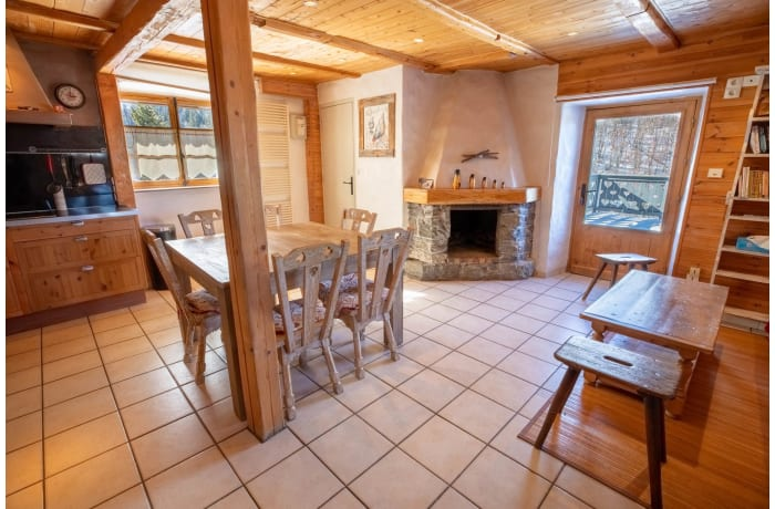 Apartment in Chalet Les Lupins, Les Allues - 4