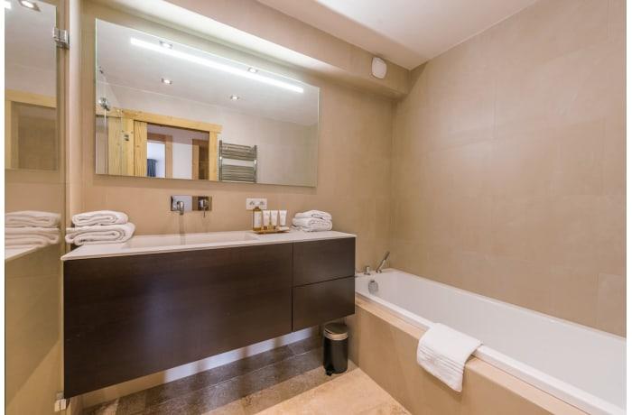 Apartment in Omaroo II, Morzine - 10