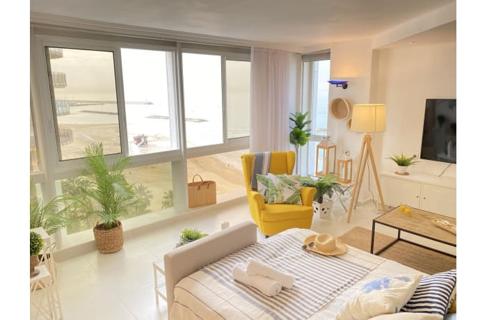 Apartment in Daniel Beachfront, Herzliya Pituah - 9