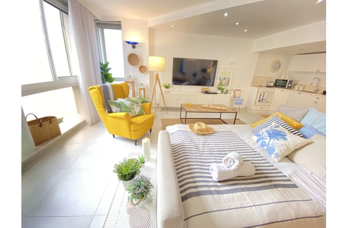 Apartment in Daniel Beachfront, Herzliya Pituah - 1