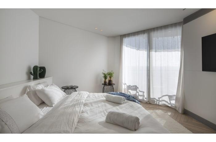 Apartment in Daniel Luxury flat, Herzliya Pituah - 17