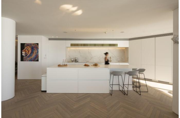 Apartment in Daniel Luxury flat, Herzliya Pituah - 2