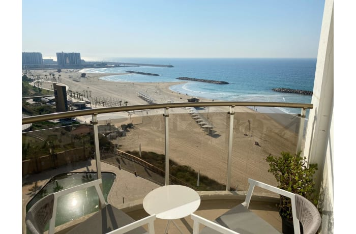 Apartment in Daniel Luxury flat, Herzliya Pituah - 34