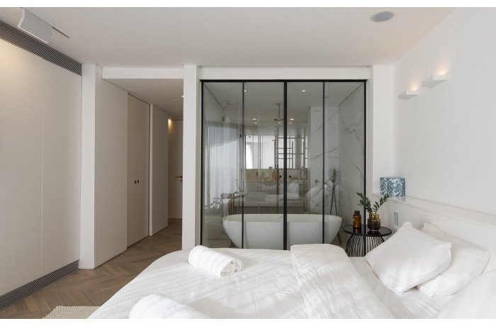 Apartment in Daniel Luxury flat, Herzliya Pituah - 13