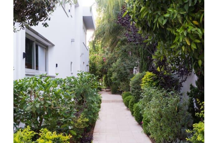 Apartment in David Modern villa, Herzliya Pituah - 14
