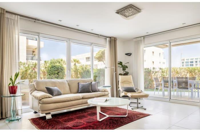 Apartment in Marina Garden, Herzliya Pituah - 1