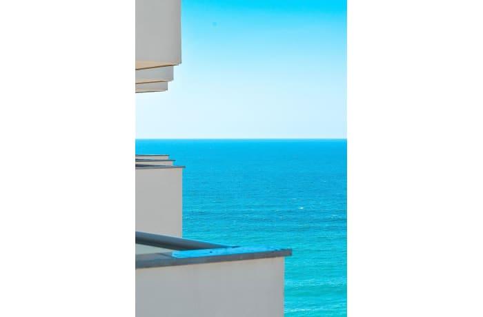 Apartment in Sharon beachfront, Herzliya Pituah - 12