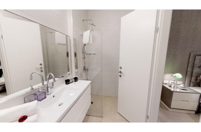 Apartment in Haneviim Court Luxury, City Center - 40