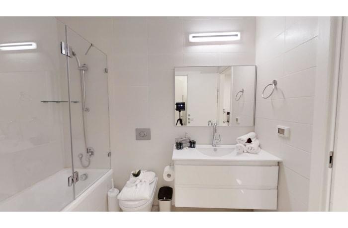 Apartment in Haneviim Court Luxury, City Center - 25