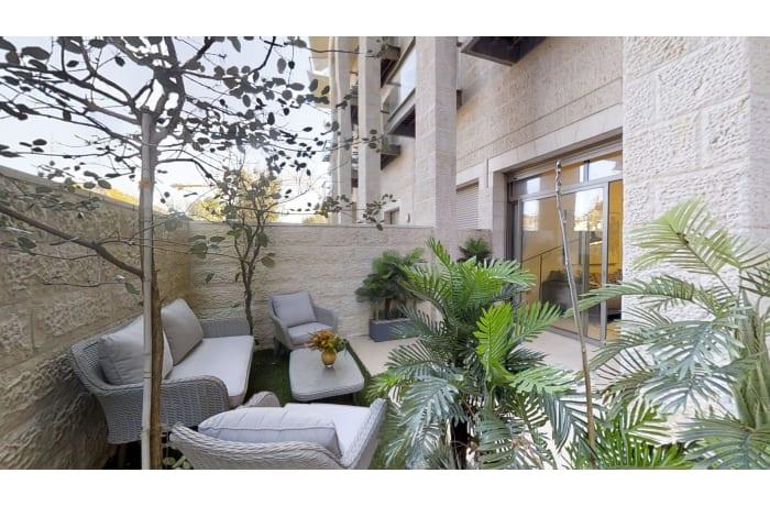 Apartment in Haneviim Court Luxury, City Center - 0