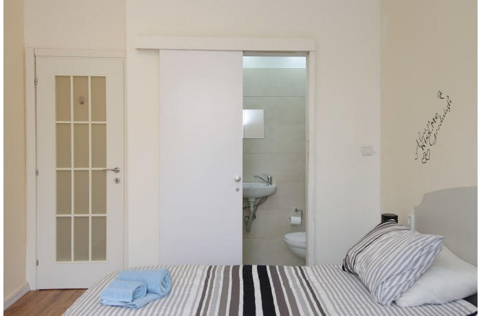 Apartment in King David Elegance, Mamilla - 17
