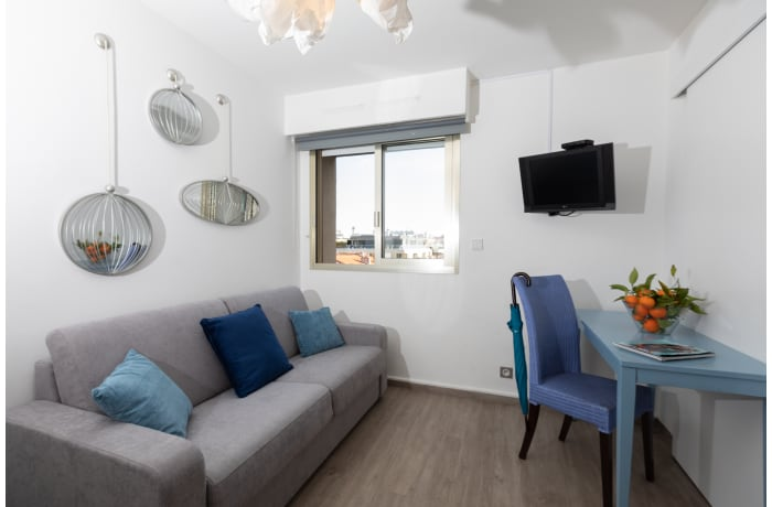 Apartment in Artistic Riviera 7E, Juan-les-Pins - 2