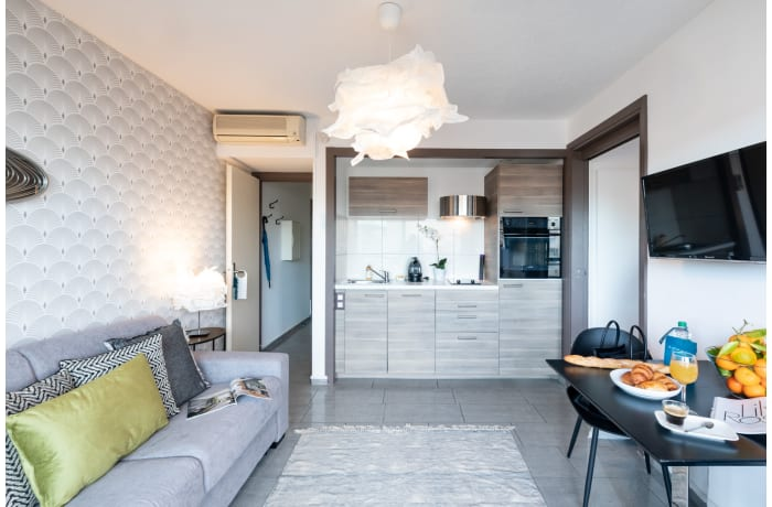 Apartment in Lovely Terrace 5B, Juan-les-Pins - 1