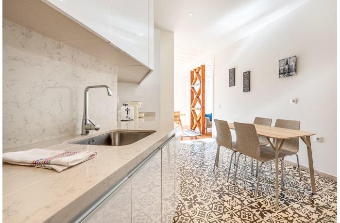 Apartment in Sao Nicolau, Baixa - 11