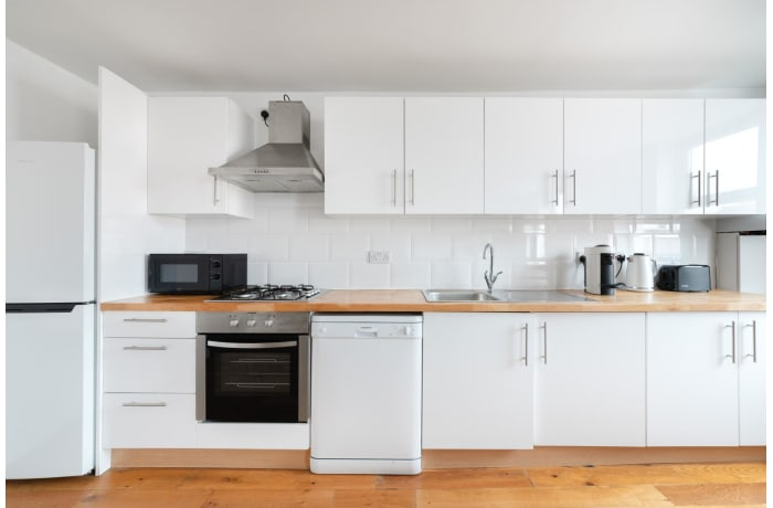 Apartment in Queensway II, Bayswater - 5