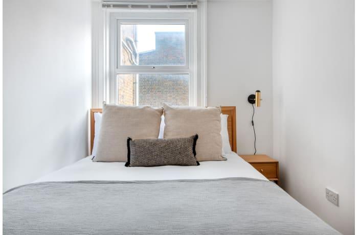 Apartment in Queensway II, Bayswater - 10