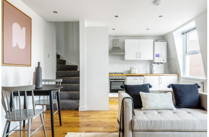 Apartment in Queensway IV, Bayswater - 2