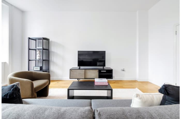 Apartment in Queensway, Bayswater - 0