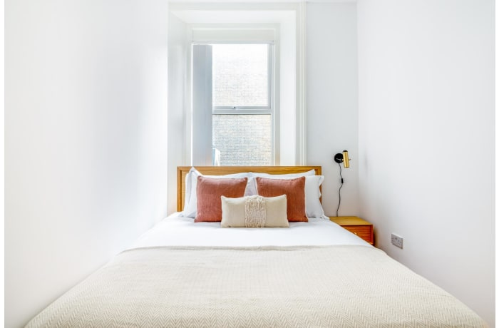 Apartment in Queensway, Bayswater - 6