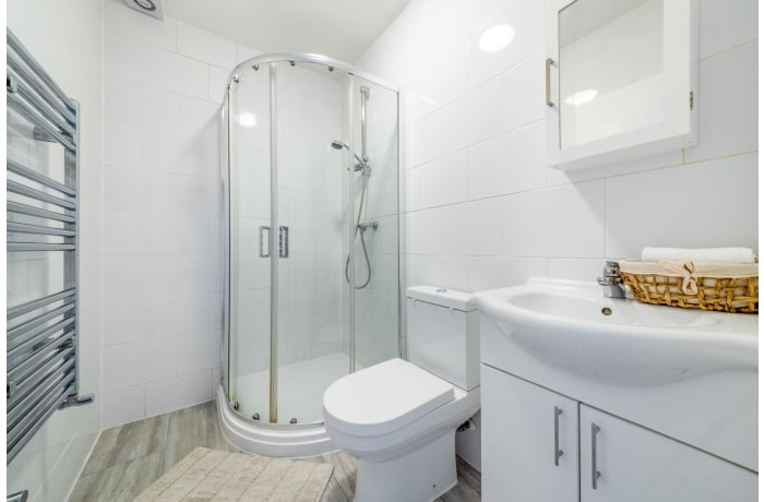 Apartment in Queensway, Bayswater - 10