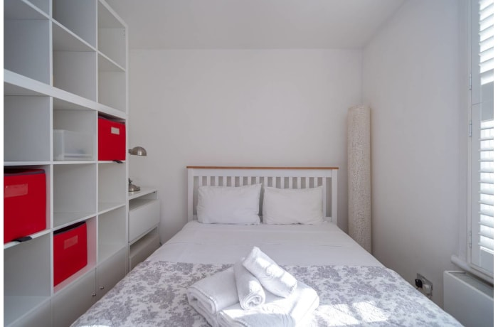 Apartment in Contemporary Queens Park, City of London - 4