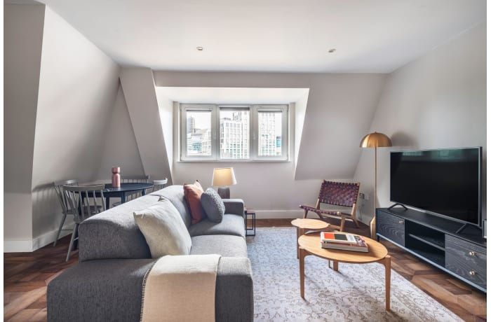 Apartment in Pepys View, City of London - 2