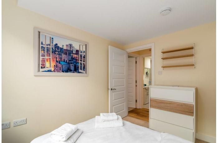 Apartment in Trinity Gardens, Brixton - 14