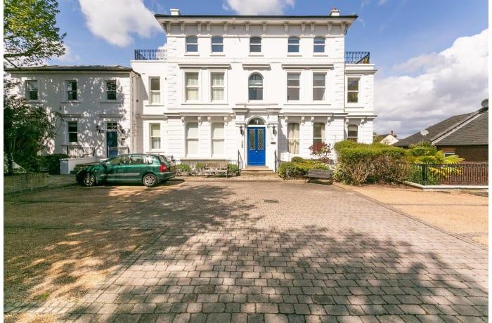 Apartment in Wimbledon Park, Wimbledon - 24