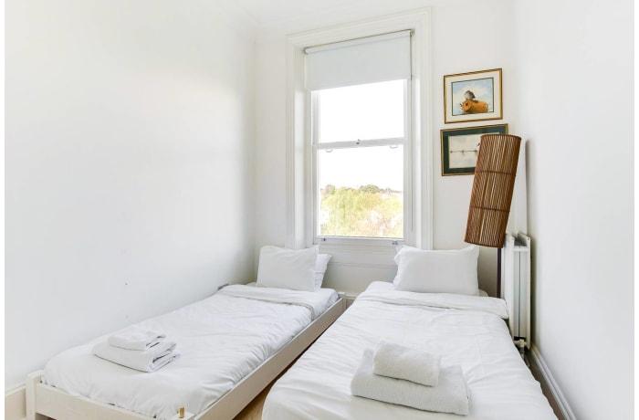 Apartment in Wimbledon Park, Wimbledon - 18