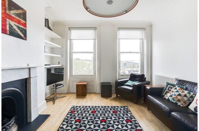 Apartment in Wimbledon Park, Wimbledon - 2
