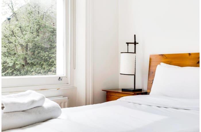 Apartment in Wimbledon Park, Wimbledon - 16