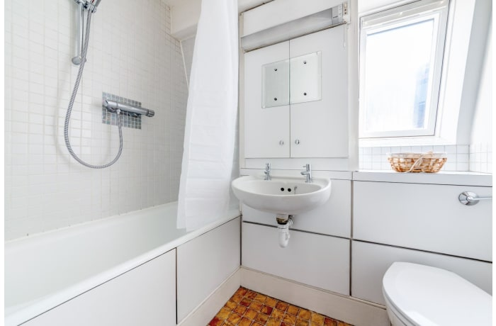 Apartment in Seven Dials Court, Covent Garden - 8